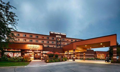 Dorothy Dowling of Best Western Hotels Receives Prestigious Award